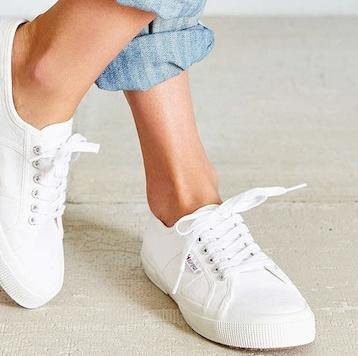 white-sneaker-picks-main